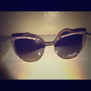 Women's Nanette LePore sunglasses